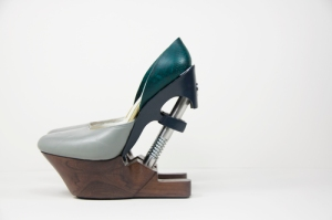 Shoes with a spring and hinge hydraulic system: http://www.silviafado.com/kinetictraces/
