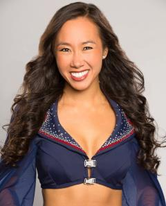 New England Patriots cheerleader Kelly is pursuing a PhD in neuroscience! Photo credit: www.sciencecheerleader.com